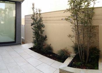 芦屋市の中庭1